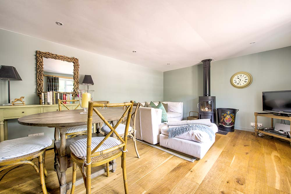 st andrews airbnb property photography